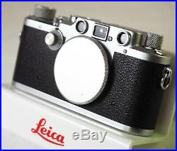 1946 LEICA IIIc in LARGE LEICA OUTFIT CASE + BEHOO CLOSE-UP OUTFIT + BROCHURES