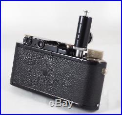 BLACK/NICKEL 1933 LEICA III withHEKTOR 50mm f/2.5, APDOO TIMER, CASE, 1930 AD, NR