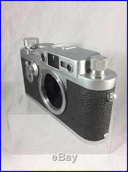 LEICA IIIg Amazing Condition Serial 889382 Comes With Case And Paperwork