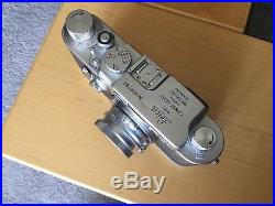 Leica IIIG 35mm Rangefinder Camera and Comes with Leica Summaron 35mm f3.5 lens