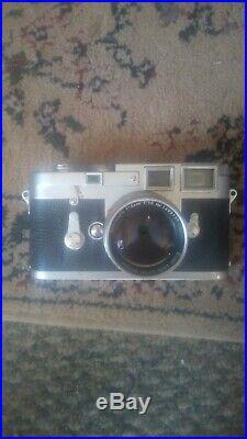Leica M3 35mm Vintage Rangefinder Film Camera with lense and case