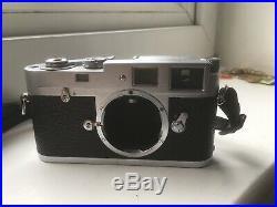 Leitz Leica M2 Vintage Rangefinder Camera