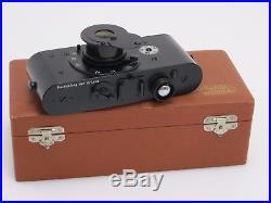 Leitz Wetzlar Nachbildung Ur-Leica mit versenkbarem Objektiv & Holz case su003