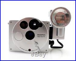 OLYMPUS O product aluminium Body 19608 Lens 35mm F3,5 mit Blitz jb019