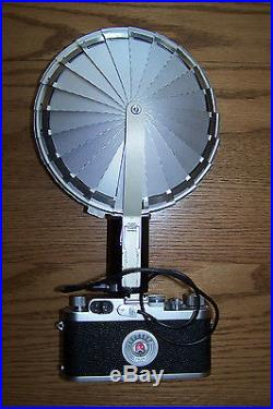 Vintage LEITZ Leica IIIg Camera With Accessories