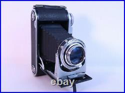 Voigtlander Bessa II, 6x9 rangefinder folding camera, ca. 1956, color heliar lens
