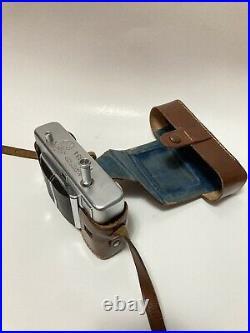 Voigtlander Vitessa A V. 3 Rangefinder Camera with Case -1950s