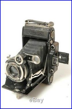 Zeiss Super Ikonta (c) 530/2. 10.5cm 4.5 Tessar. 6x9cm On 120 Film